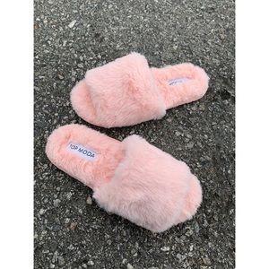 Super Trending Blush Pink Faux Fir Slides Sandals